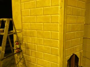Now the walls look 3D, baby!  Yeah!  The magic of painting - it never fails to wow me!